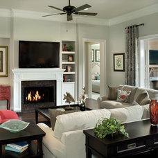 Traditional Living Room by Arthur Rutenberg Homes