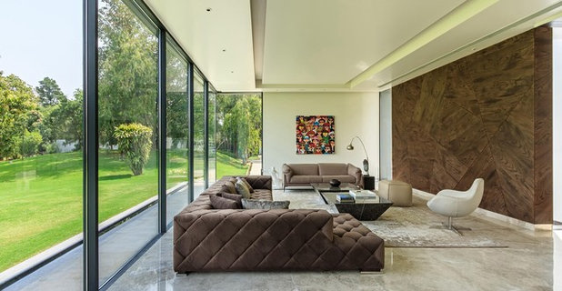 Contemporary Living Room by DADA & Partners