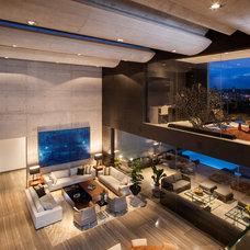 Contemporary Living Room by Gilberto L. Rodriguez / GLR Arquitectos