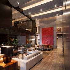 Contemporary Living Room by Gilberto L. Rodriguez / GLR Arquitectos