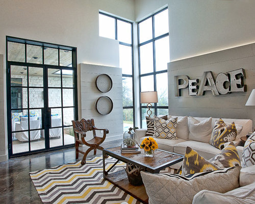 Metal letters home design ideas pictures remodel and decor for Living room 7 letters