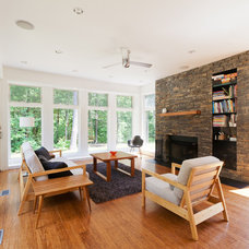 Modern Living Room by Resolution: 4 Architecture
