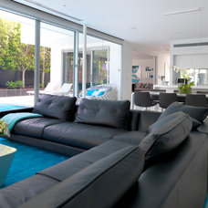 Contemporary Living Room by MR.MITCHELL