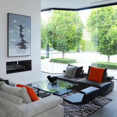 Contemporary Living Room by David Edelman Architects