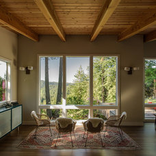 Rustic Living Room by Boor Bridges Architecture