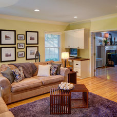 Traditional Living Room by Anchor Builders