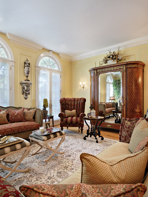 Sitting Room Interior Design: Antique Living Room Home Design Ideas, Pictures, Remodel