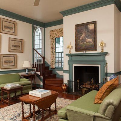 Inspiration for a timeless living room remodel in Charleston
