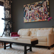 Contemporary Living Room by Jil Sonia Interiors