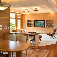 contemporary living room by Alan Mascord Design Associates Inc