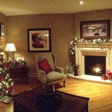 Traditional Living Room christmas decorating 2012