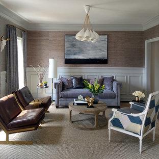 ボルチモアのトラディショナルスタイルのおしゃれなリビング (フォーマル、茶色い壁、ベージュの床) の写真