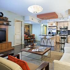 Contemporary Living Room by De Space Designs