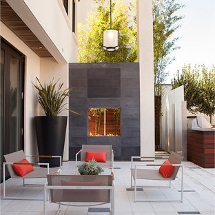 Example of a trendy living room design in San Francisco