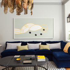 modern living room by amanda nisbet