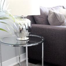 Modern Living Room by Nest Design Studio
