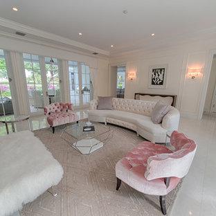 Cette photo montre un grand salon romantique ouvert avec une salle de réception, un mur blanc, un sol en carrelage de porcelaine, un sol blanc, une cheminée ribbon, un manteau de cheminée en pierre et aucun téléviseur.