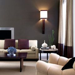 traditional living room by Kenneth Brown Design