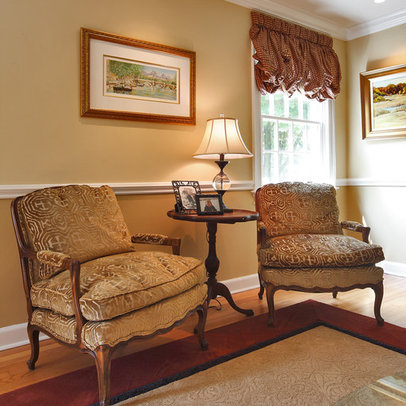 Design small living room images interior design ideas for Chair rail ideas for living room