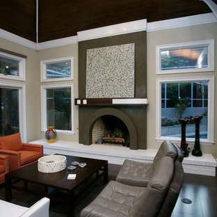 Inspiration for a contemporary living room remodel in Tampa with beige walls