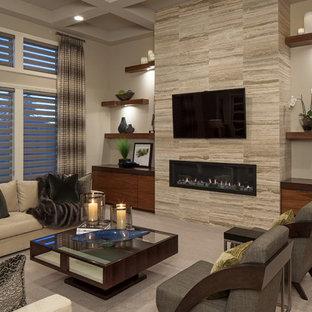 Repräsentatives Modernes Wohnzimmer mit Teppichboden, Gaskamin, Wand-TV und beiger Wandfarbe in Omaha