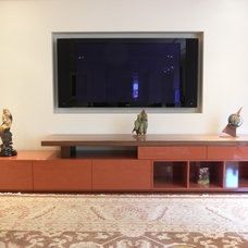 Contemporary Living Room by Cliff Young Ltd.