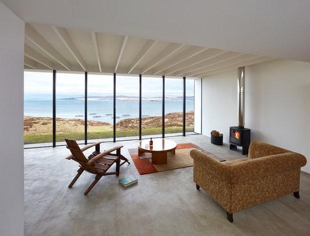 Modern Living Room by RIBA