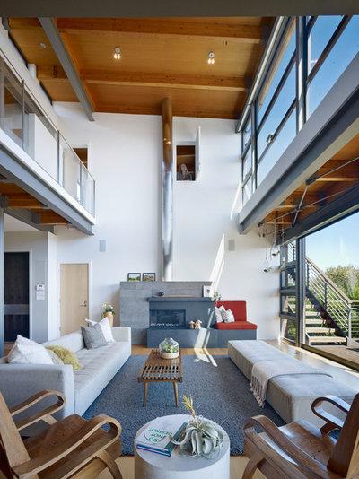 Moderne Salon by Pfau Long Architecture, Ltd.