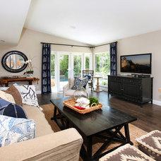 Beach Style Living Room by Blackband Design