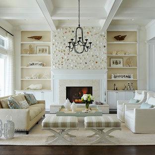 Foto de salón para visitas abierto, marinero, con paredes beige, suelo de madera oscura y chimenea tradicional