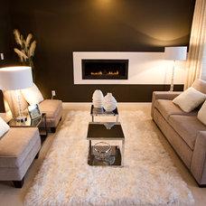 Modern Living Room by Wen-Di Interiors