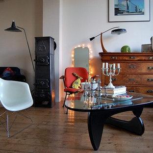 Idee per un soggiorno minimalista con pareti bianche