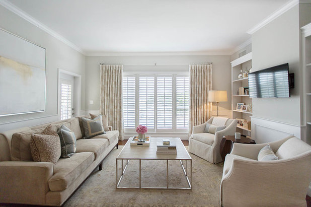 Transitional Living Room by Steele Street Studios