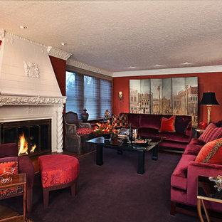 Cette photo montre un grand salon chic fermé avec une salle de réception, un mur rouge, moquette, une cheminée standard, aucun téléviseur et un sol violet.
