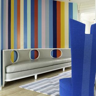 Ispirazione per un grande soggiorno minimalista con nessun camino e nessuna TV