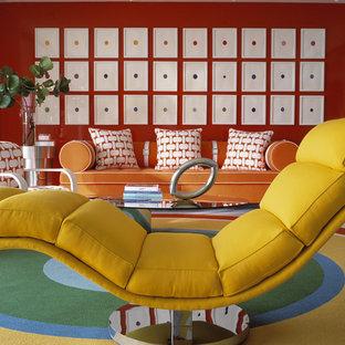 Diseño de salón moderno, grande, con paredes rojas