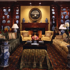 traditional living room by Tracy Murdock Allied ASID
