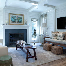 Beach Style Living Room by Freestyle Restyle