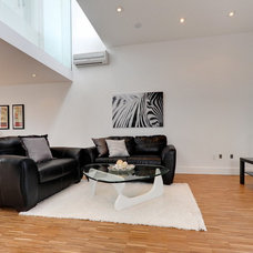 Contemporary Living Room by Créations Home Staging par Stéphanie Cardin