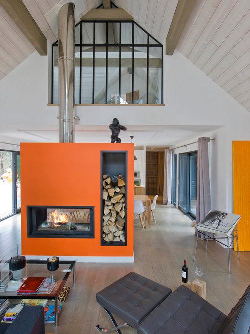 foto e idee per soggiorni - soggiorno con camino bifacciale e ... - Soggiorno Con Camino Bifacciale