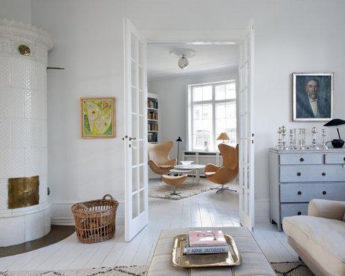 imagen de sala de estar cerrada grande sin televisor con paredes