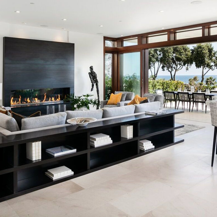 Contemporary 2 - Ocean Blvd Corona del Mar