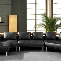 Contemporary Curved Sectional Sofa in Black Leather - With its style and versatility, this ultra modern sectional sofa is the ideal contemporary conversation piece to bring your living room to life.