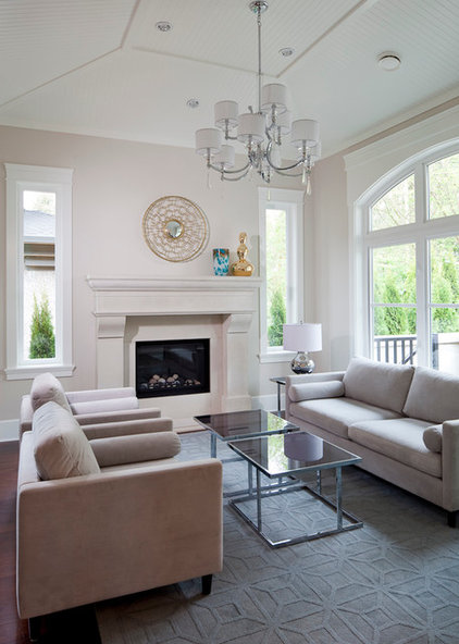 Contemporary Living Room by DreamCast Design and Production