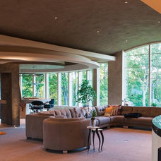 Contemporary Living Room by DEICHMAN CONSTRUCTION