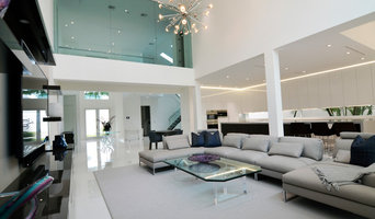 Contemporary interior renovation in Fort Lauderdale