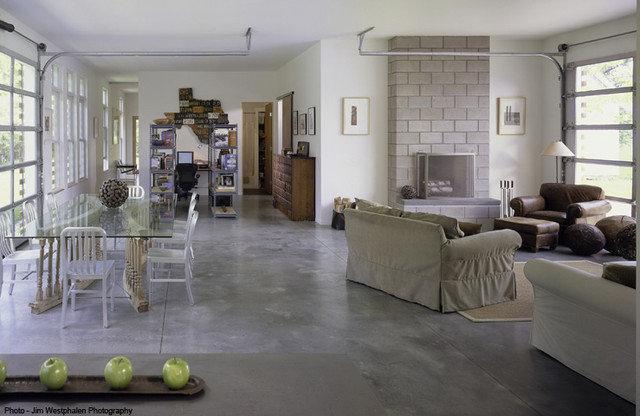 Contemporary Living Room by Birdseye Design