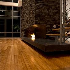 Contemporary Living Room by CRFORMA DESIGN:BUILD