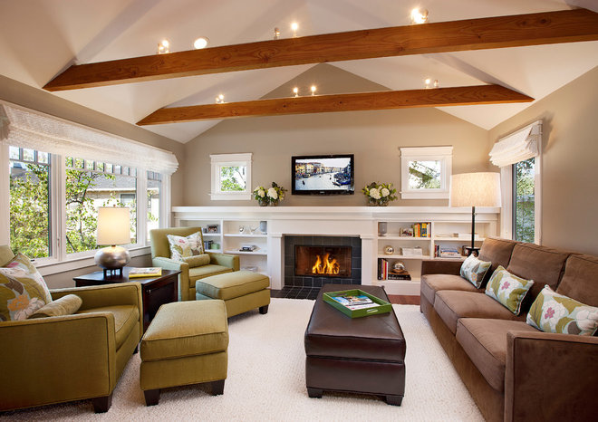 Contemporary Living Room by Keeping Interiors