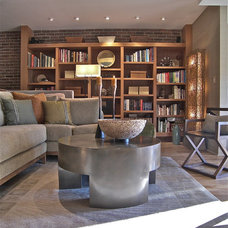 Contemporary Living Room by Minion Gutierrez